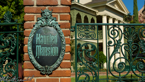 Disneyland Resort, Disneyland, Haunted Mansion