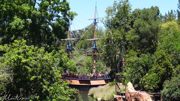 Disneyland Resort, Frontierland, Columbia