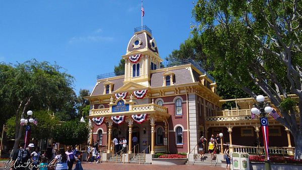 Disneyland Resort, Disneyland, Main Street U.S.A., City Hall