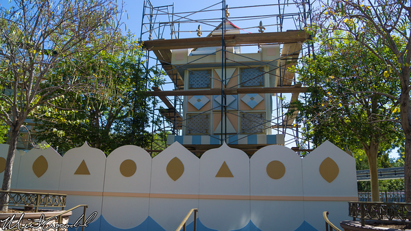 Disneyland Resort, Disneyland, it's a small world, Small, World, Mall, Refurbishment, Refurbish, Refurb, Scaffolding