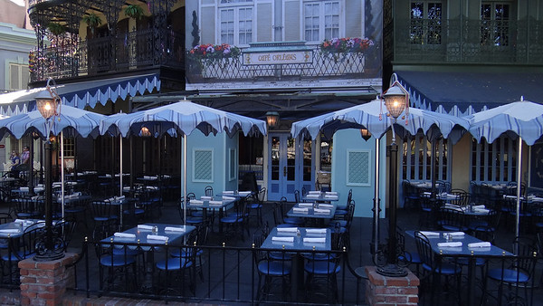 Disneyland Resort, Disneyland, New Orleans Square, Mardi Gras, Club 33, Refurbishment, Refurb, Cafe Orleans