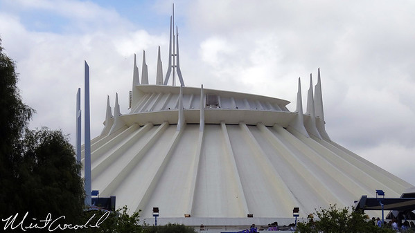 Disneyland, Space Mountain