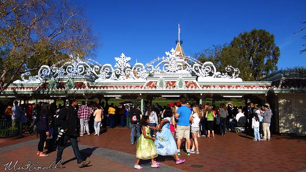 Disneyland Resort, Disneyland, Christmas Time