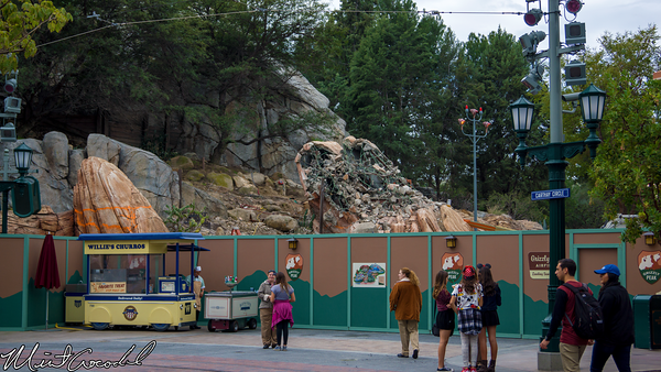 Disneyland Resort, Disney California Adventure, Condor, Flats, Grizzly, Peak, Airfield