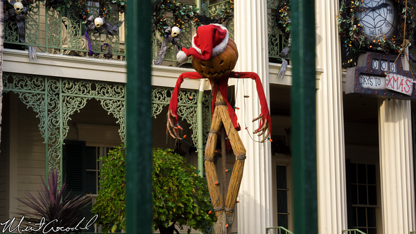 Disneyland Resort, Disneyland, New Orleans Square, Haunted Mansion, Holiday, Christmas Time, Halloween Time, Christmas