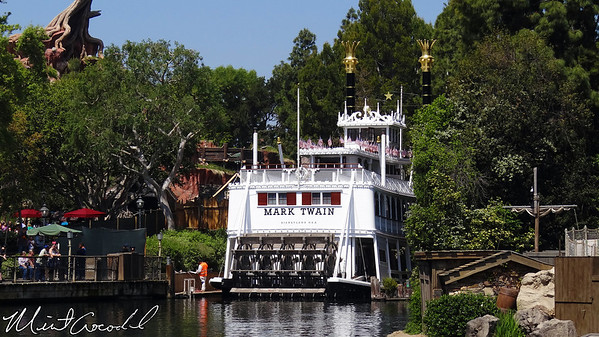 Disneyland, Mark Twain, Refurb, Refurbishment