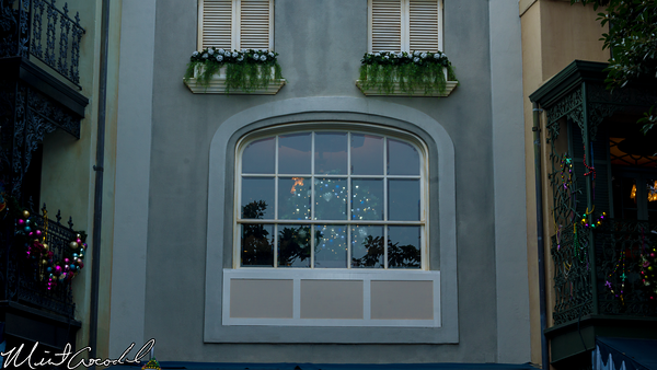 Disneyland Resort, Disneyland, New Orleans Square, Club 33, Window, Christmas Time, Christmas, Wreath