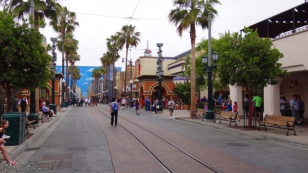 Disneyland Resort, Disney California Adventure, Buena Vista Street, Hollywoodland, Radiator Springs FastPass