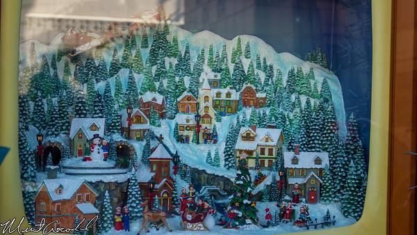 Disneyland Resort, Disney California Adventure, Off the Page, Christmas Time, Christmas