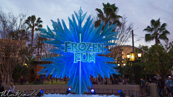 Disneyland Resort, Disney California Adventure, Frozen, Fun, Snowflake, Buena Vista Street