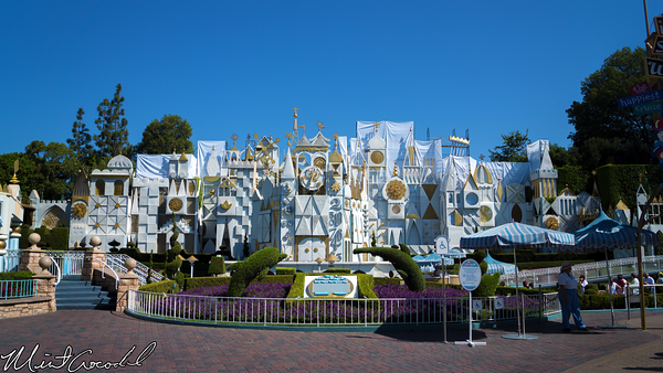 Disneyland Resort, Disneyland, it's a small world, Facade, Scaffolding, Refurbishment, Refurb, Refurbish