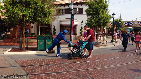 Disneyland Resort, Disney California Adventure, Buena Vista Street, Officer Blue