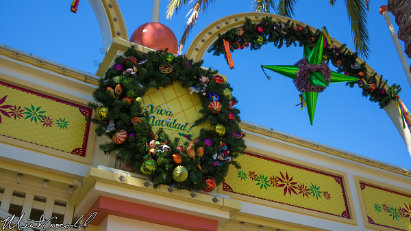 Disneyland Resort, Disney California Adventure, Paradise Pier, Viva Navidad, Decorations