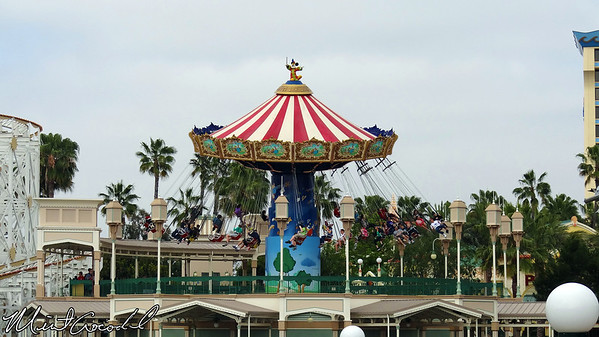 Disney California Adventure, Paradise Pier, Silly Symphony Swings