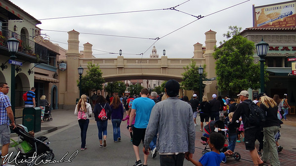 Disney California Adventure, Buena Vista Stret
