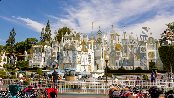 Disneyland Resort, Disneyland, Fantasyland, it's a small world, Small, World, Facade