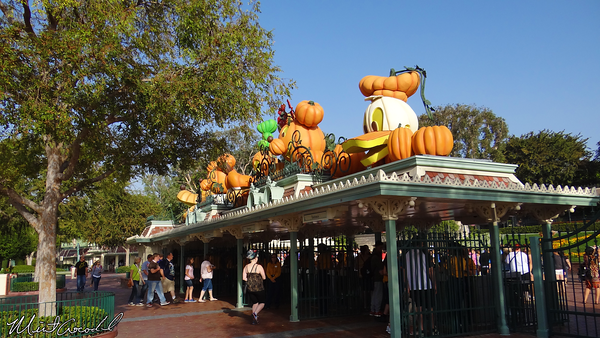 Disneyland Resort, Disneyland, Halloween Time