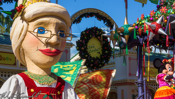 Disneyland Resort, Disney California Adventure, Paradise Pier, Viva Navidad, Christmas Time, Christmas
