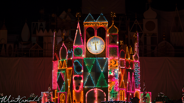 Disneyland Resort, Disneyland, Fantasyland, it's a small world, facade, scaffold, Christmas, Time, Small World Holiday, 60