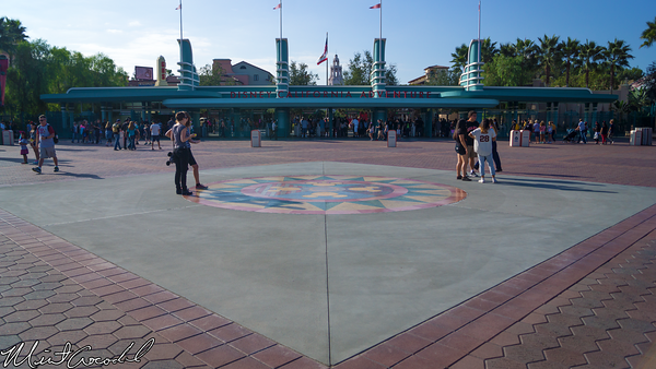 Disneyland Resort, Disneyland, Disney California Adventure, Main Entrance Plaza, Compass