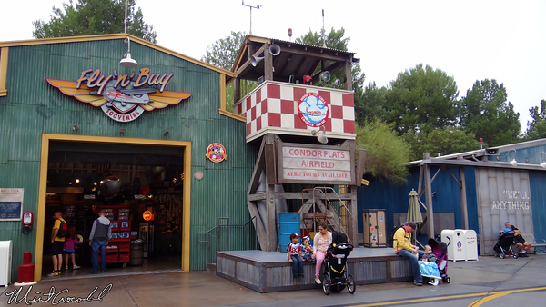 Disneyland Resort, Disney California Adventure, Condor Flats, Minnie's Fly Girls Charter Airlines