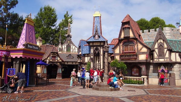 Disneyland Resort, Disneyland, Fantasy Faire
