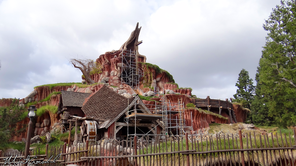 Disneyland Resort, Disneyland, Splash Mountain, Refurbishment, Refurb