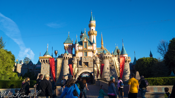 Disneyland Resort, Disneyland, Sleeping Beauty Castle