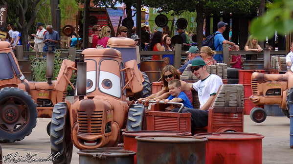 Disneyland Resort, Disney California Adventure, Cars Land, Mater's Junkyard Jamboree