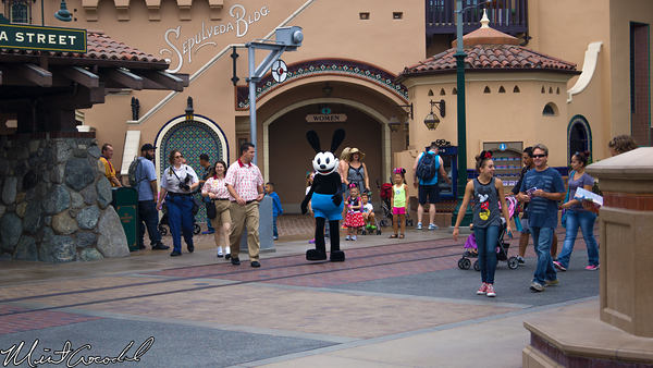 Disneyland Resort, Disney California Adventure, Buena Vista Street, Oswald, Meet and Greet