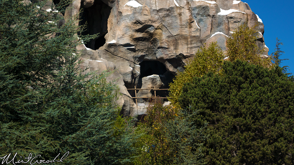 Disneyland Resort, Disneyland, Matterhorn, Bobsleds, Trees, Drop, Tomorrowland, Side