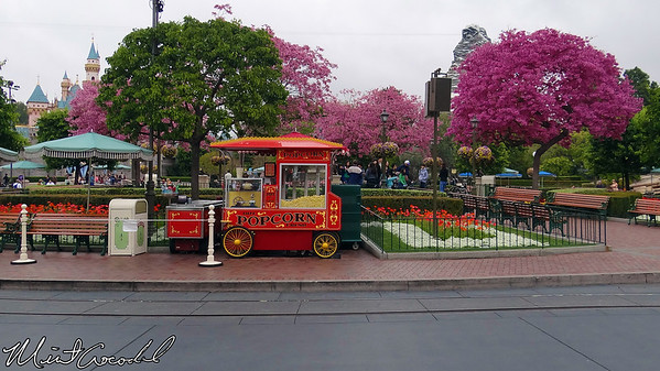Disneyland, Main Street USA, Popcorn Cart