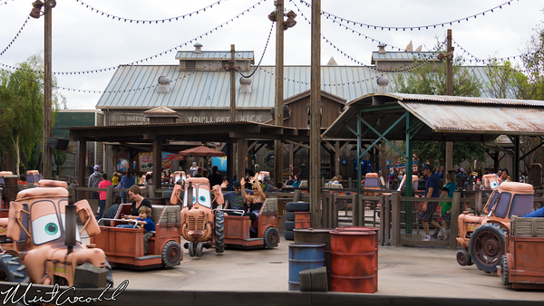 Disneyland Resort, Disney California Adventure, Cars Land, Mater, Junkyard, Jamboree