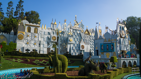 Disneyland Resort, Disneyland, it's a small world, Facade