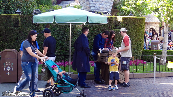 Disneyland Resort, Disneyland, Disability Access Service, DAS, Fantasyland, Kiosk
