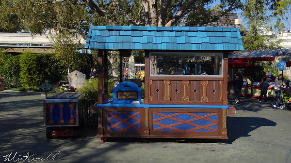 Disneyland Resort, Disneyland, Fantasyland, Churro Cart