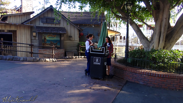 Disneyland Resort, Disneyland, New Orleans Square, Disability Access Service, DAS, Kiosk