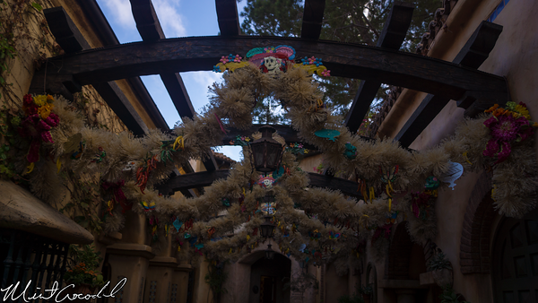 Disneyland Resort, Disneyland, Frontierland, Rancho Del Zachalo, Christmas Time, Decoration