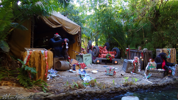 Disneyland Resort, Disneyland, Jungle Cruise, Jingle Cruise, Christmas Time, Christmas