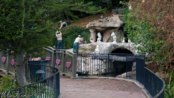 Disneyland Resort, Disneyland, Hub, Partners, Statue, Sleeping Beauty Castle, Refurbishment, Refurbish, Refurb, Disneyland60, Snow, White, Grotto, Wishing, Well