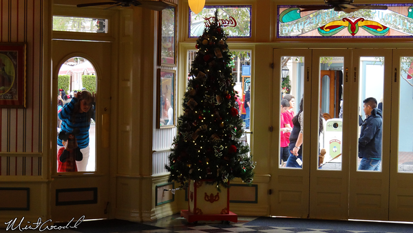 Disneyland Resort, Disneyland, Main Street U.S.A., Christmas, Christmas Time