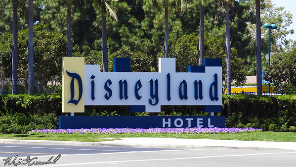 Disneyland Resort, Disneyland Hotel, Sign
