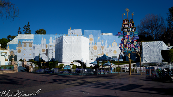 Disneyland Resort, Disneyland, it's a small world, Small, World, Holiday, 2015, Jan, Refurbishment, Refurbish, Refurb, Tarp, facade