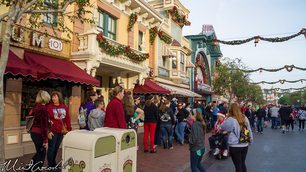 Disneyland Resort, Disneyland, Main Street U.S.A., Christmas, Christmas Time, Candy Cane