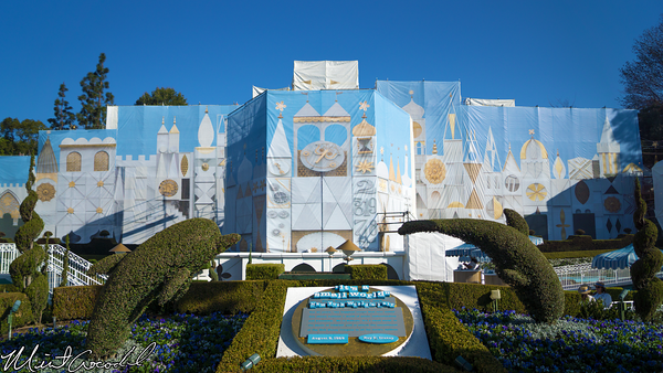 Disneyland Resort, Disneyland, it's a small world, Tarp, Scrim, Facade, Refurbishment, Refurb, Refurbish