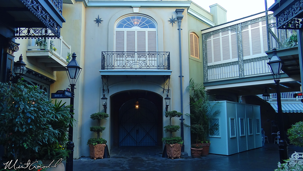 Disneyland Resort, Disneyland, New Orleans Square, Court of Angels, Closed