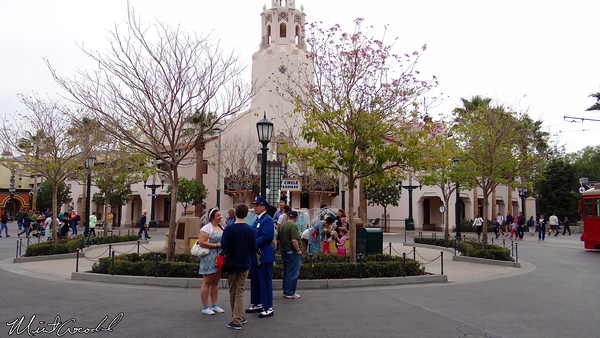 Disneyland Resort, Disney California Adventure, Buena Vista Street, Citizens