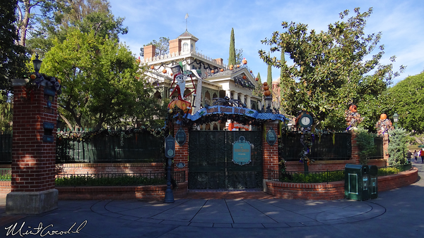 Disneyland Resort, Disneyland, Haunted Mansion, Haunted Mansion Holiday