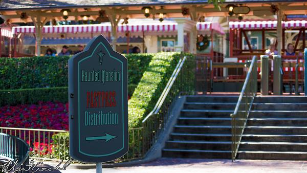 Disneyland Resort, Disneyland, New Orleans Square, Haunted Mansion, Holiday, FastPass