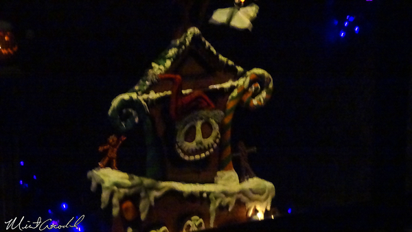 Disneyland Resort, Disneyland, Haunted Mansion Holiday, Gingerbread House